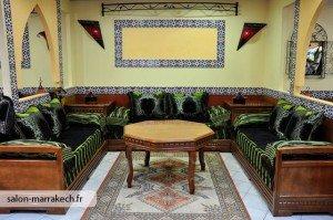 Salon marocain et décoration oriontale   Caftan au Maroc